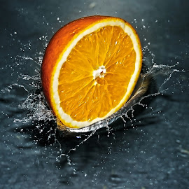 Splash by Amateur Pic - Food & Drink Fruits & Vegetables ( orange, splashing, splash, amateurpic )