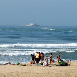 S. João da Caparica by João Ascenso - Landscapes Beaches ( lighthouse, beach )
