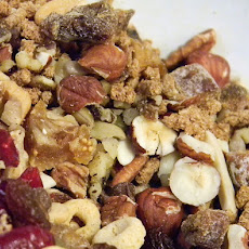 Apple Spice-Raisin Snack Mix