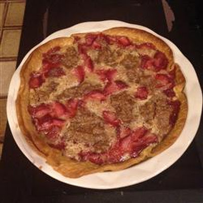 Strawberry Brown Sugar Sour Cream Pie