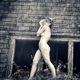 up on the roof top by Todd Reynolds - Nudes & Boudoir Artistic Nude