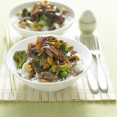 Stir-fried Beef With Cashews And Broccoli