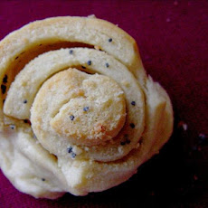 Garlic Poppy Seed Spirals