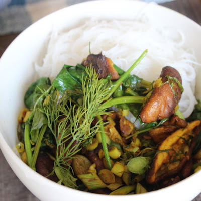 Make-Ahead Turmeric Mushroom Stir-Fry with Herbs and Vermicelli