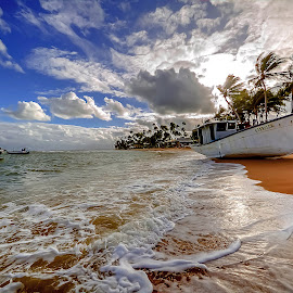 Praia do Forte by Elias Rosal - Transportation Boats ( praia do forte, barco, beach, landscape, bahia, brasil )
