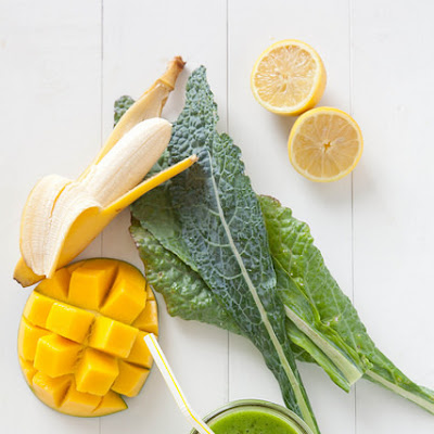 Lemony Kale Mango Smoothie