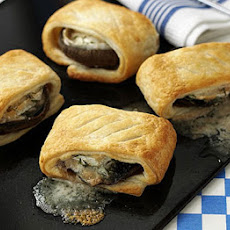 Cheese & Thyme Wrapped Mushrooms