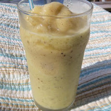 Kiwi Pineapple Smoothie (Non-Dairy)