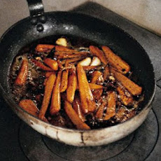 Carrots With Whole Garlic Cloves & Star Anise