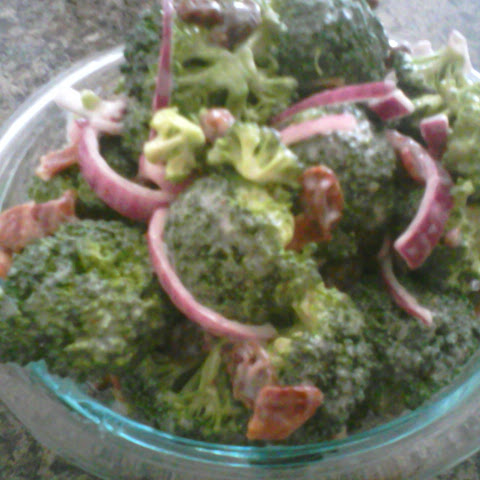 Crunchy Broccoli Bacon Salad