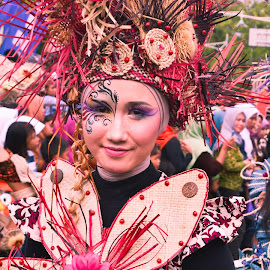 Beauty among the carnival by Tegar Kanigara - News & Events Entertainment ( events, people, entertainment )