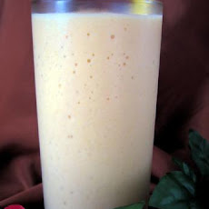 Peach and Pear Smoothie