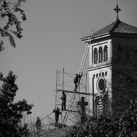 ESCALERA AL CIELO by Kile Zabala - Buildings & Architecture Architectural Detail ( arquitectura, ciudad, iglesia )