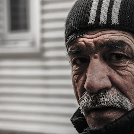 by Aidan Wilson - People Street & Candids ( candid portrait )