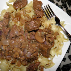 Sirloin Tips With Garlic Butter Stroganoff