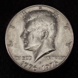 History by Vibeke Friis - Artistic Objects Antiques ( coin, silver, kennedy )