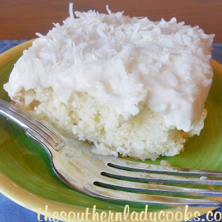 Cake With Cake Mix And Sour Cream Recipes
