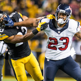 Foster stiff arm by Julio Torres - Sports & Fitness American and Canadian football ( texans, football, pittsburgh, nfl, houston, steelers, pennsylvania, monday night football )