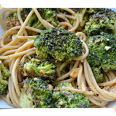 Spaghetti with Broccoli and Peanut Butter Dressing