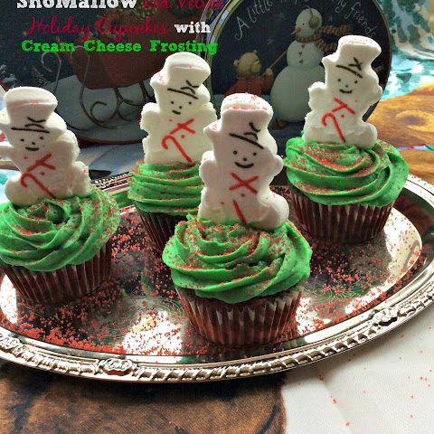 SnoMallow Red Velvet Holiday Cupcakes with Cream Cheese Frosting