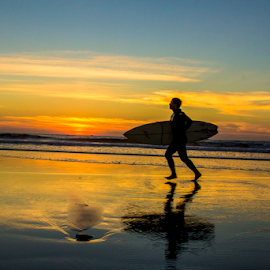 gone surfing  by Roman Gomez - Sports & Fitness Surfing ( roman photography, romangomez, romansgallery )