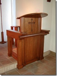 church_pulpit small