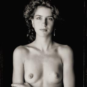 Lisa. by Bruce Martin - Nudes & Boudoir Artistic Nude ( polaroid 4x5 black ...