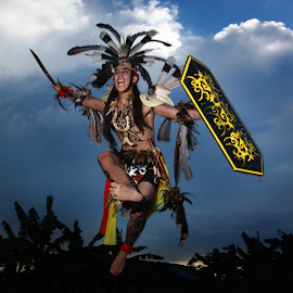 Attack!!! by Taufik Y. Aribowo - People Portraits of Men ( kapuas photography society, indonesia, kuala kapuas, kalimantan tengah, culture, dayak, borneo )