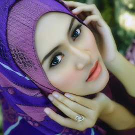 Beauty of Ruru by Rahmat Sugee - People Portraits of Women