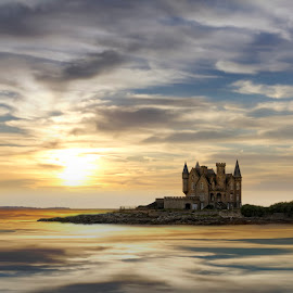 The Castle by Christine Quéma - Landscapes Travel (  )