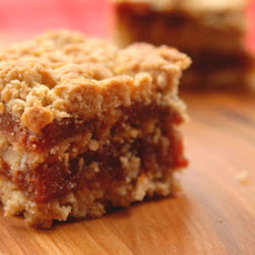 Double layered guava crumble bar