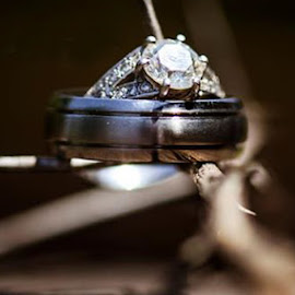 Ring of thorns by Louise Lacante - Wedding Details ( object, artistic, jewelry )