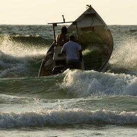 ... by Alik Zlotnik - Transportation Boats (  )