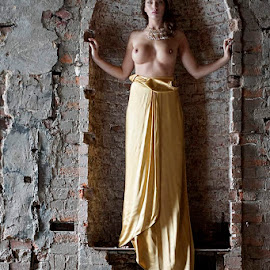 Copped Hall Workshop by Alistair Cowin - Nudes & Boudoir Artistic Nude