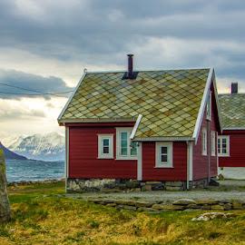 by Sverre Sebjørnsen - Buildings & Architecture Homes ( giske )