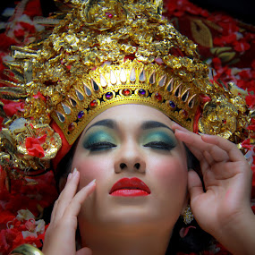 Bali Dancer by Wahyu Fathor - People Body Parts