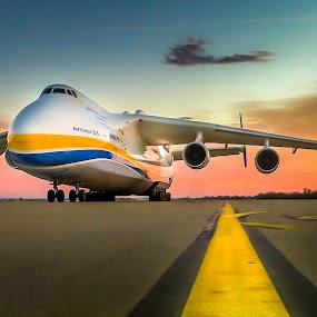 Antonov 225 by Alan Grubelić - Instagram & Mobile iPhone ( mriya, antonov 225, monster, airplane, the biggest )