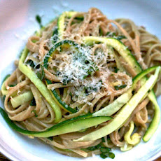 Dinner Tonight: Whole Wheat Pasta with Julienned Zucchini
