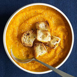 Hot or Cold Carrot Soup