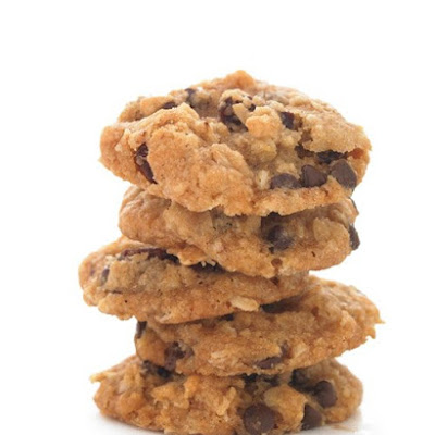 Inoffensive Oatmeal-Raisin Chocolate Chip Cookie