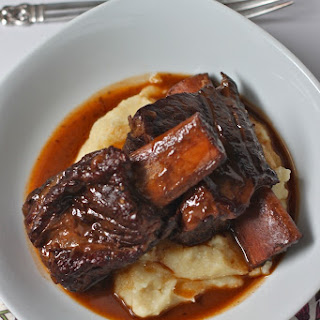 Slow Cooker Beef Short Ribs