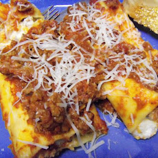 Baked Manicotti With Pepperoni Meat Sauce