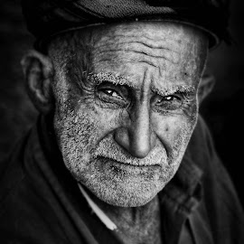 Kurdish man by Hooman Ghajar - People Portraits of Men