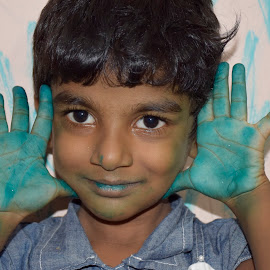 Body Art! by Suresh Kamal Kamalasekaran - Babies & Children Hands & Feet ( children creativity, hands & feet, body art )