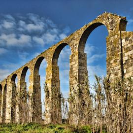 Roman aqueduct by Antonio Amen - Buildings & Architecture Architectural Detail