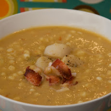 Scallop Chowder with Leeks and Corn