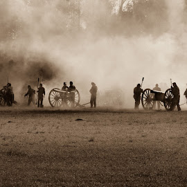 Field of Battle by Sheldon Anderson - News & Events US Events ( battlefield, reenactment, civil war, louisiana, camp moore, people )