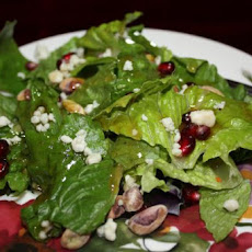 Spring Mix Salad With Pomegranate, Honey Dressing and Toasted P