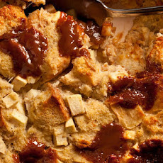 Caramel, Apple, and Cinnamon Breakfast Casserole Recipe