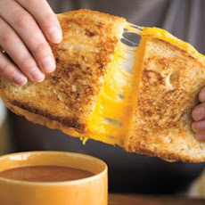Grilled Cheese with Creamy Tomato Soup